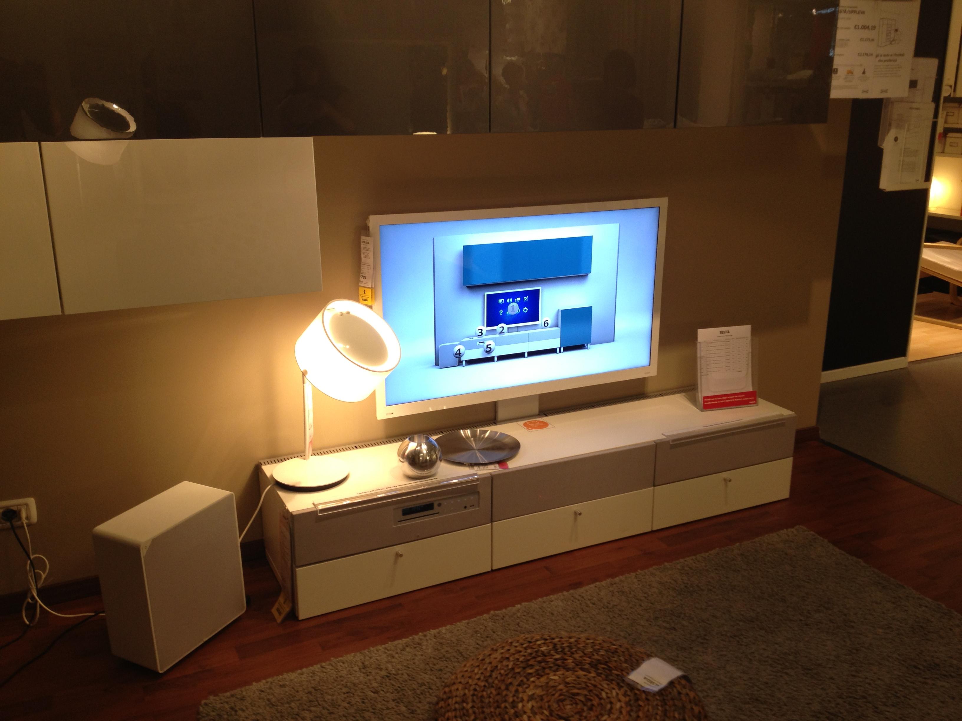 Widzieliśmy UPPLEVA – telewizor od IKEA na miarę naszych czasów