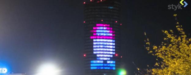Projekt P.I.W.O.: przemiana wieżowca Sky Tower w wielki wyświetlacz od kuchni