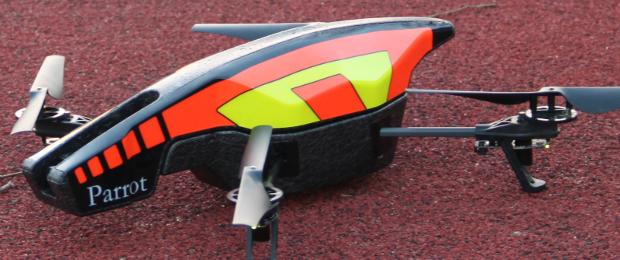 Zdalnie sterowany quadcopter AR.Drone 2.0 – Recenzja Spider's Web