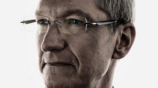 Pod sterami Tima Cooka Apple ciągle przeprasza