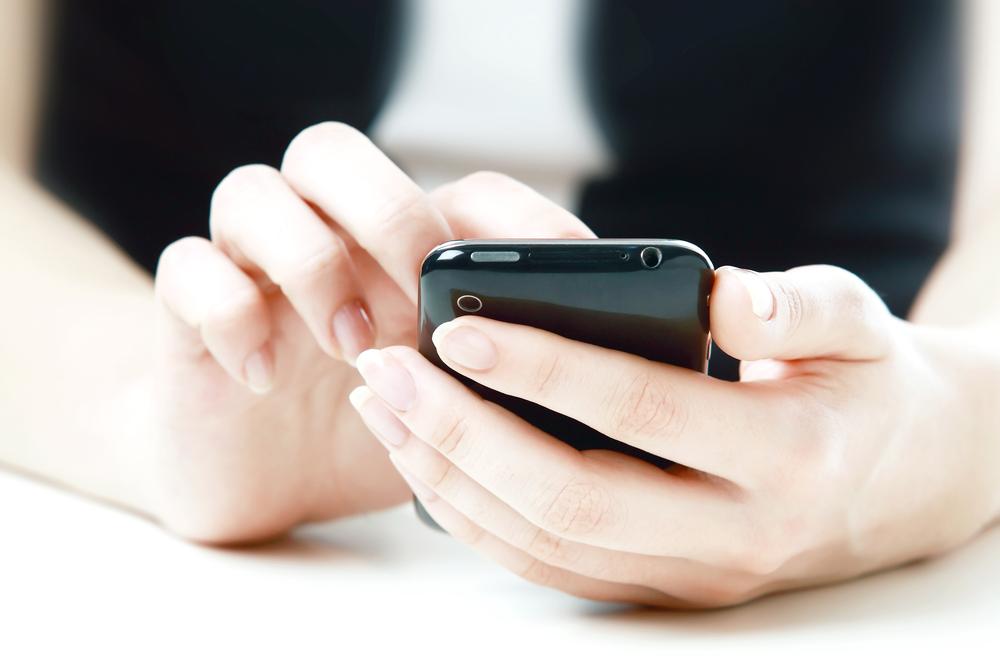 Nowe ekrany do smartfonów od LG, Samsunga i Nokii prezentują się świetnie, ale o rewolucji nie ma mowy