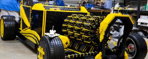 Czy z klocków Lego da się zbudować samochód? Tak i to napędzany powietrzem!