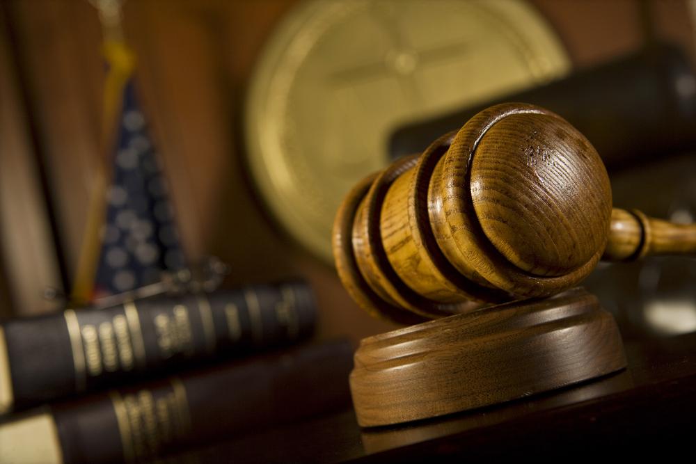 Zapadł wyrok, który może uchronić abonentów od płacenia kar nakładanych przez polskich operatorów