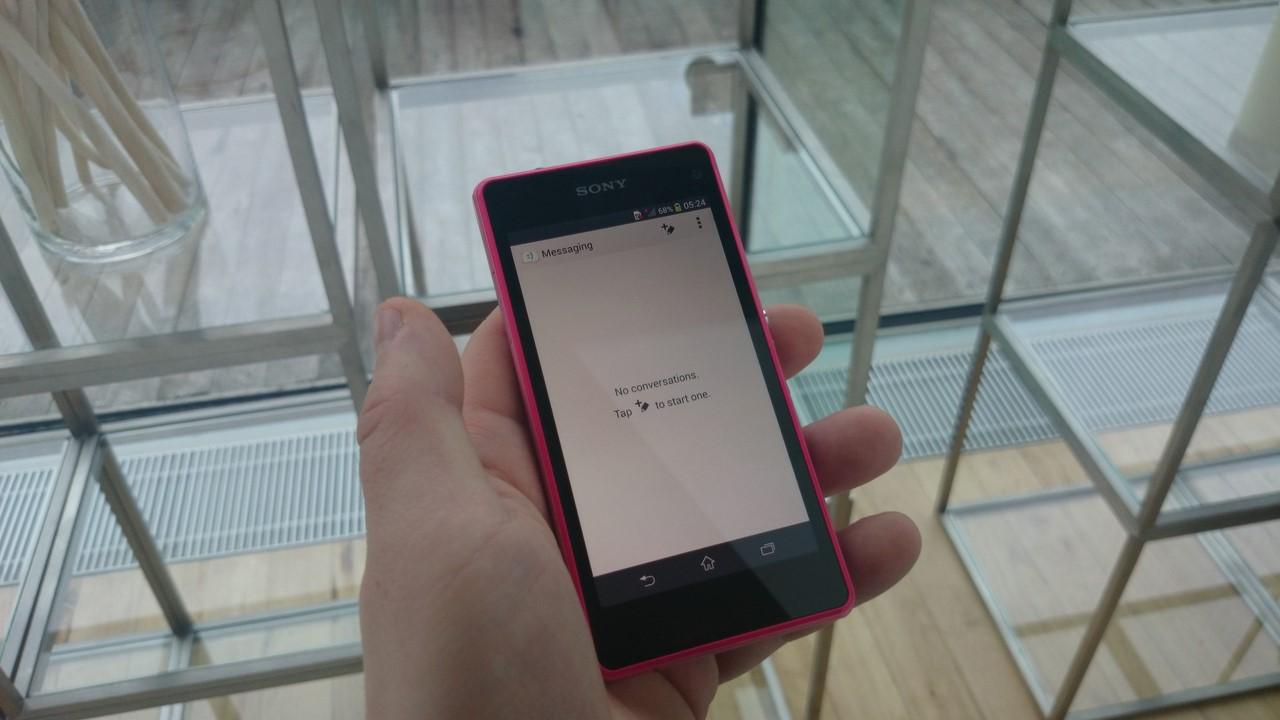 """Sony Xperia Z1 Compact, czyli jedyny w swoim rodzaju topowy i """"kompaktowy"""" smartfon – recenzja Spider's Web"""