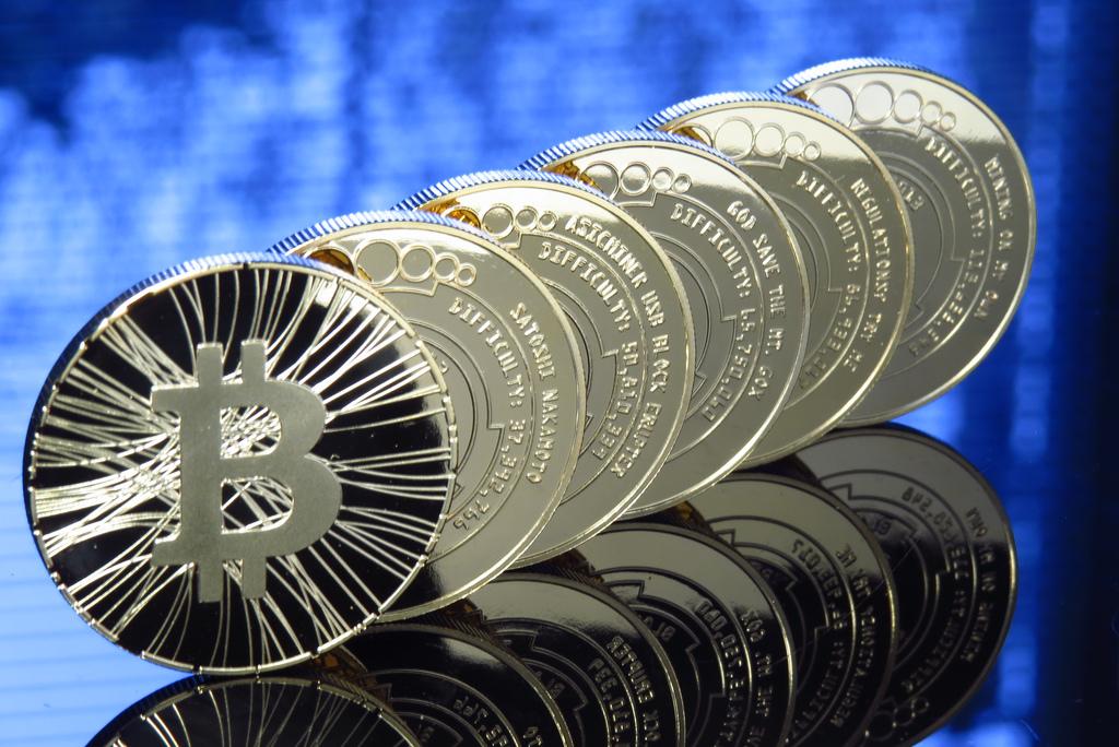 Bitcoin nurkuje, rosną obawy o upadek jednej z giełd