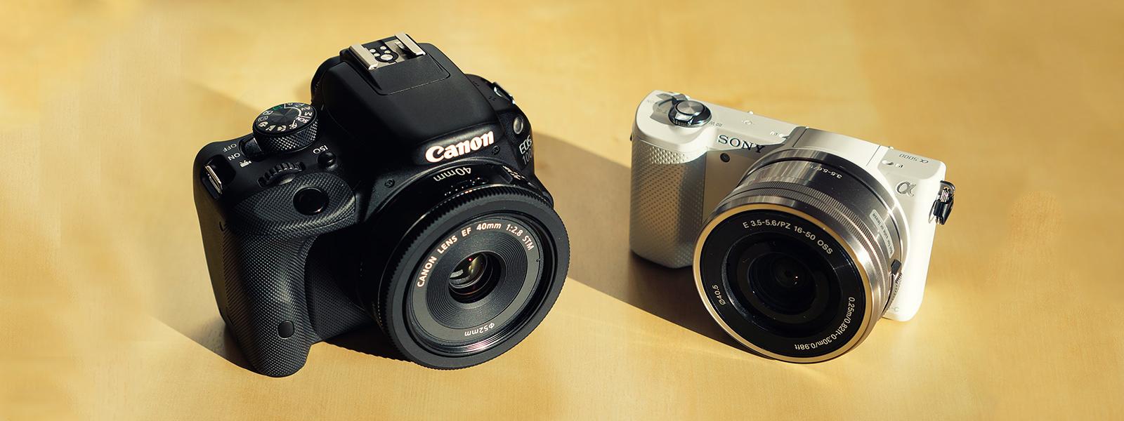 Lustrzanka kontra bezlusterkowiec, czyli wszystko co musisz wiedzieć przy wyborze aparatu