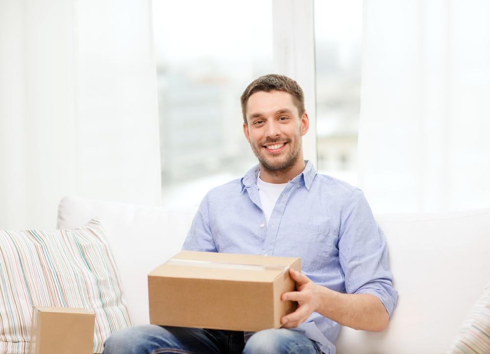 Zwrot towaru kupionego w sieci – kto płaci za przesyłkę?