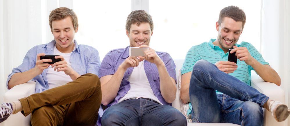 Gry mobilne to jużmainstream. Bawiąsię przy nich miliony Polaków