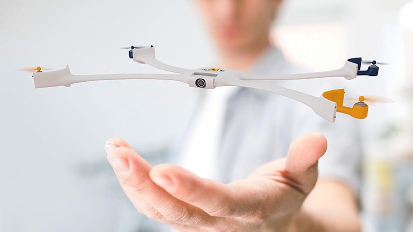 Tego drona możesz założyć na rękę i zawsze mieć przy sobie, jak zegarek