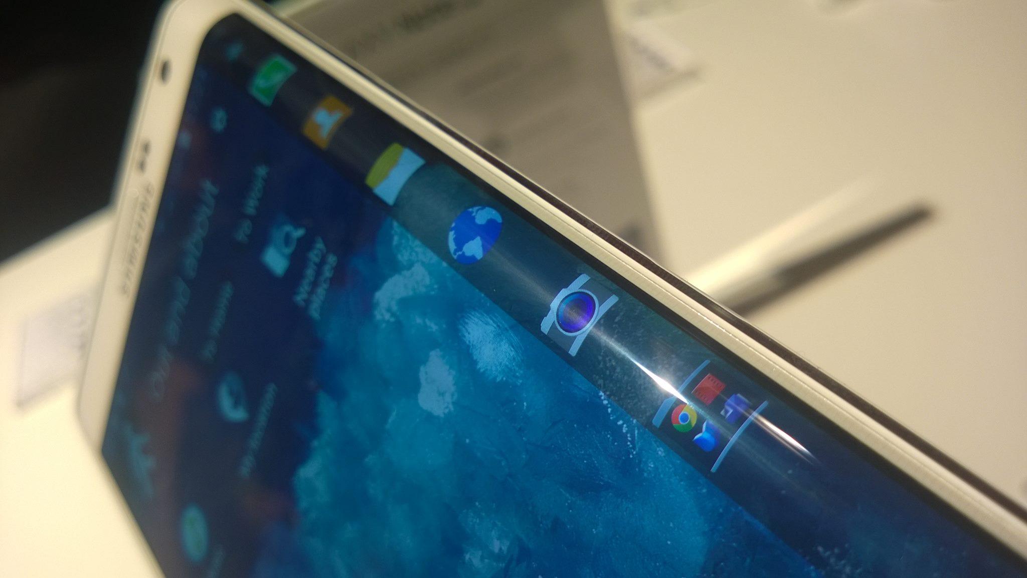 """Samsung zdradził ile kosztuje """"podatek od innowacji"""" – znamy polską cenę phabletu Galaxy Note Edge"""