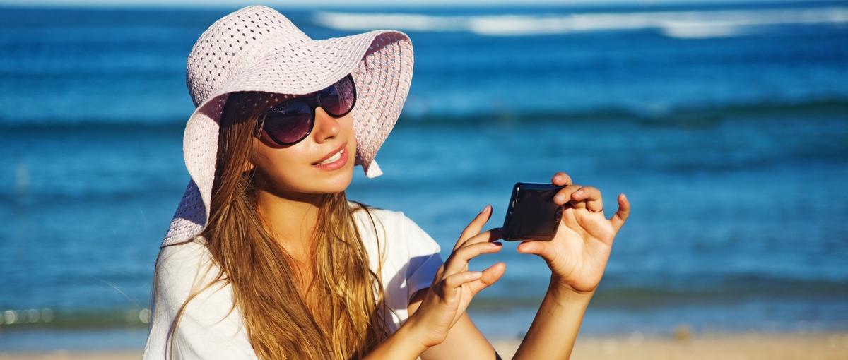 Ceny w roamingu w dół. W najbliższe wakacje zapłacimy mniej, a będzie jeszcze lepiej