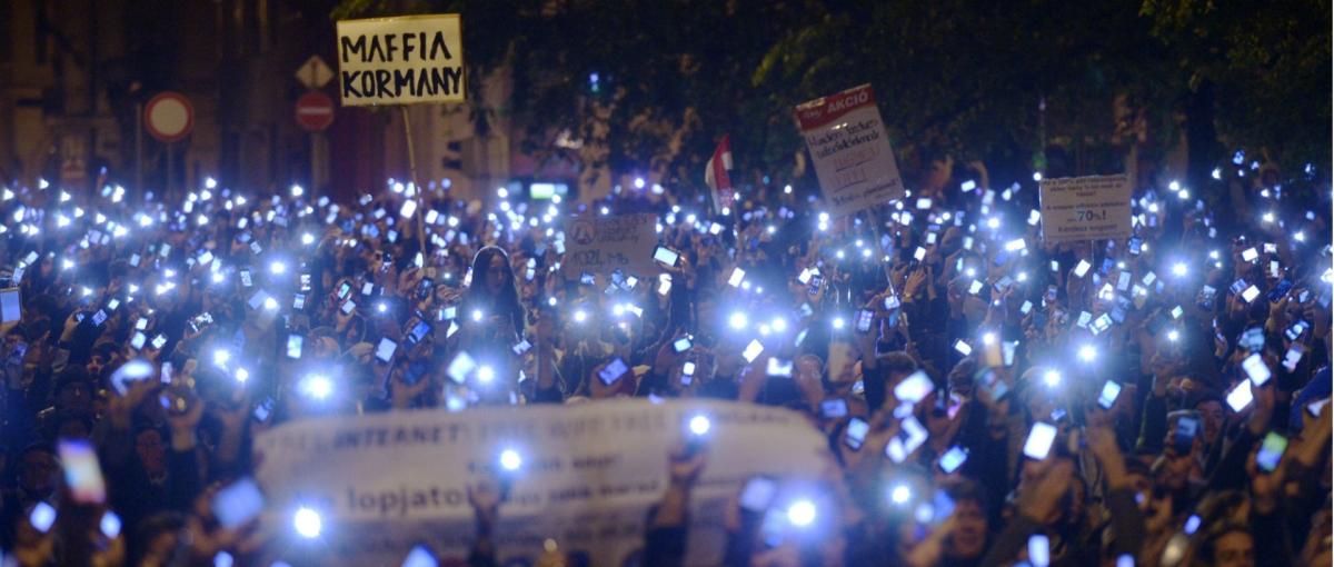 """""""Rząd to mafia"""" – zdjęcie, które przejdzie do historii"""