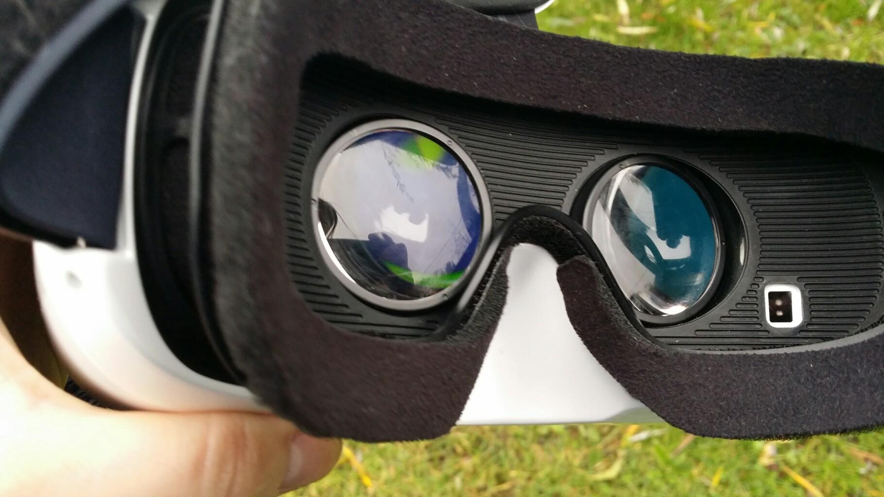 Samsung Gear VR jest świetny, problem w tym że nie mogę z niego korzystać