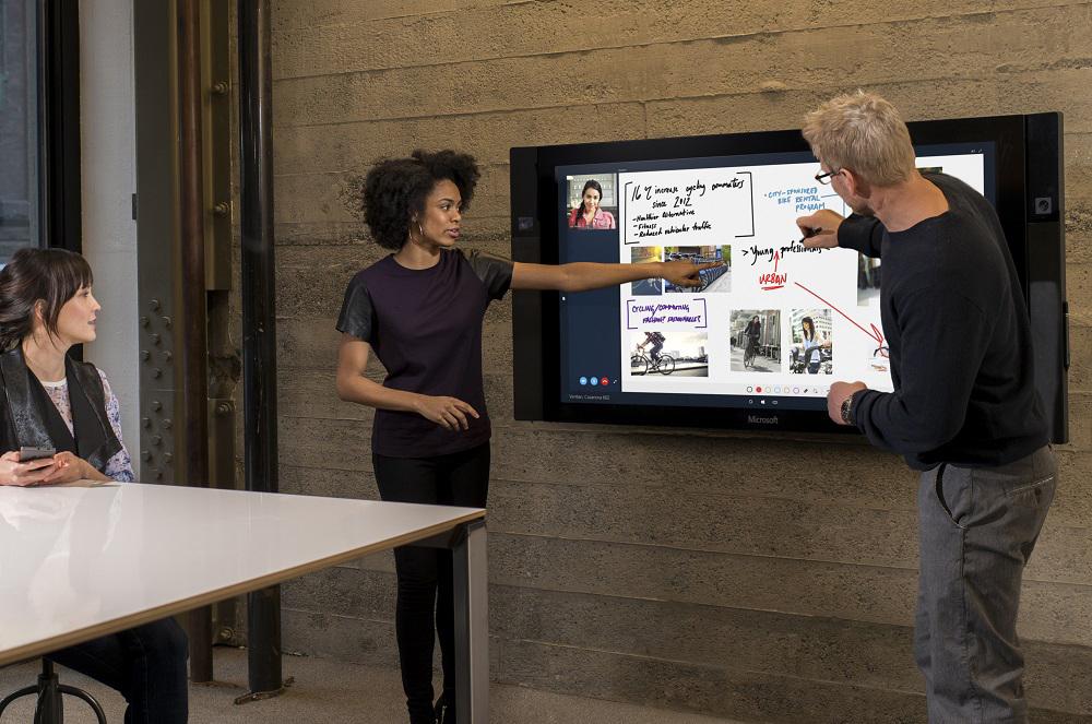 Możesz już zamawiać Surface Hub. O ile nie przerazi cię cena