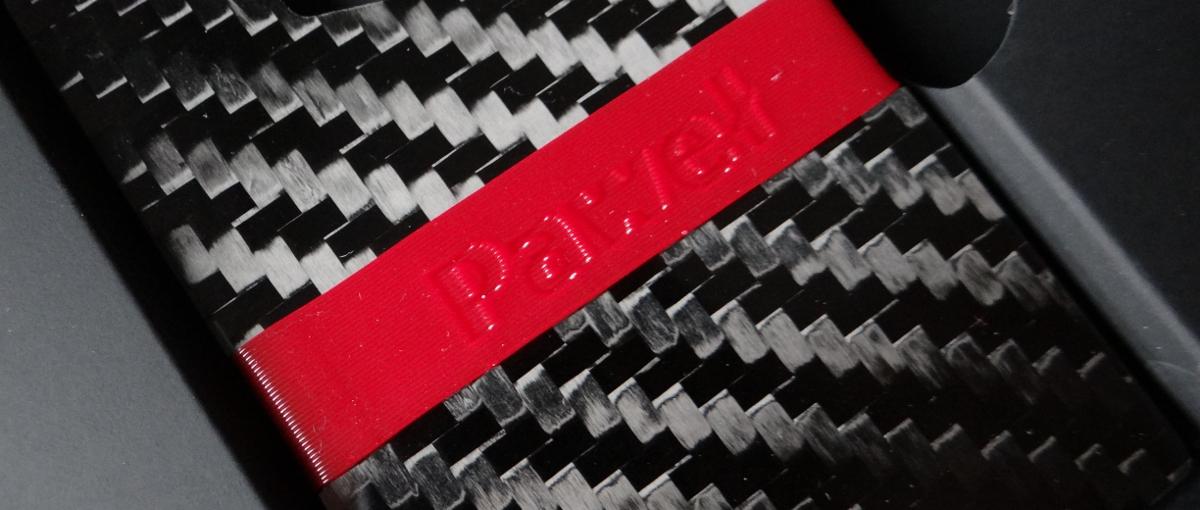 Portfele to nowa polska specjalność? Poznaj zCarbonkę – portfel z włókna węglowego