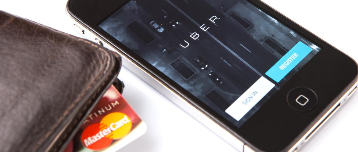 Uber trwoni kolejne setki milionów dolarów, ale nie traci dobrego humoru