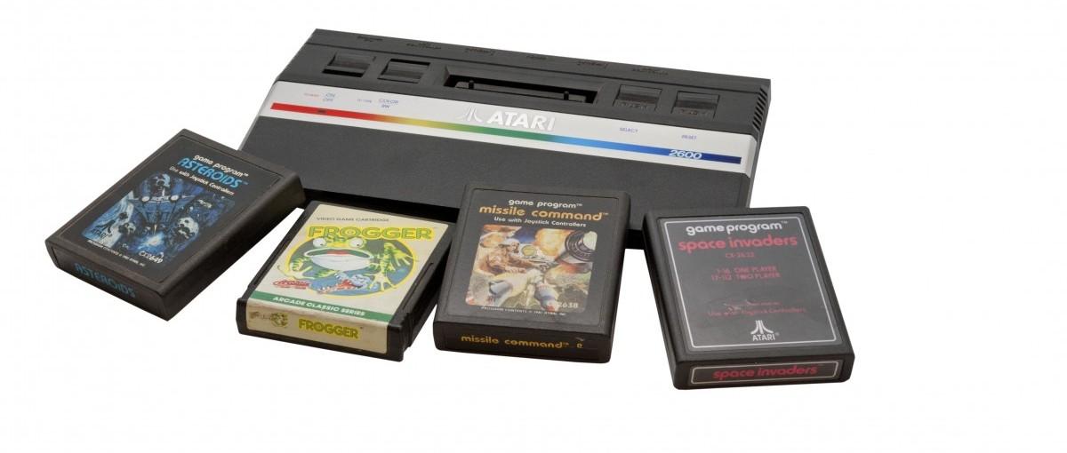 Oto idealna konsola do gier dla sentymentalnych. Zamiast płyt będzie wykorzystywać… kartridże