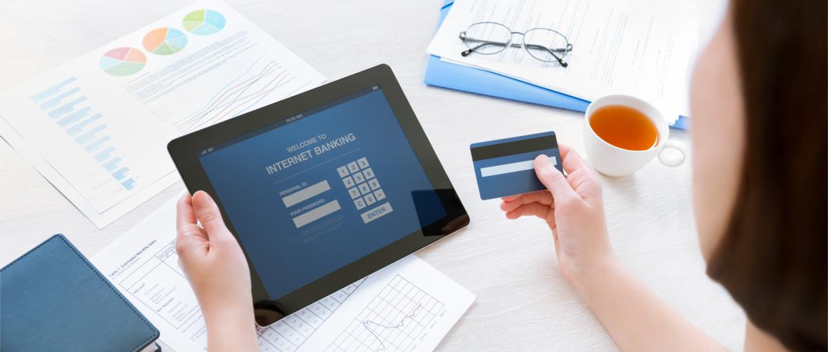 – Interfejs użytkownika bankowości mobilnej powinien być tworzony w myśl Alberta Einsteina – mówi nam Marek Owczarczyk z banku ING