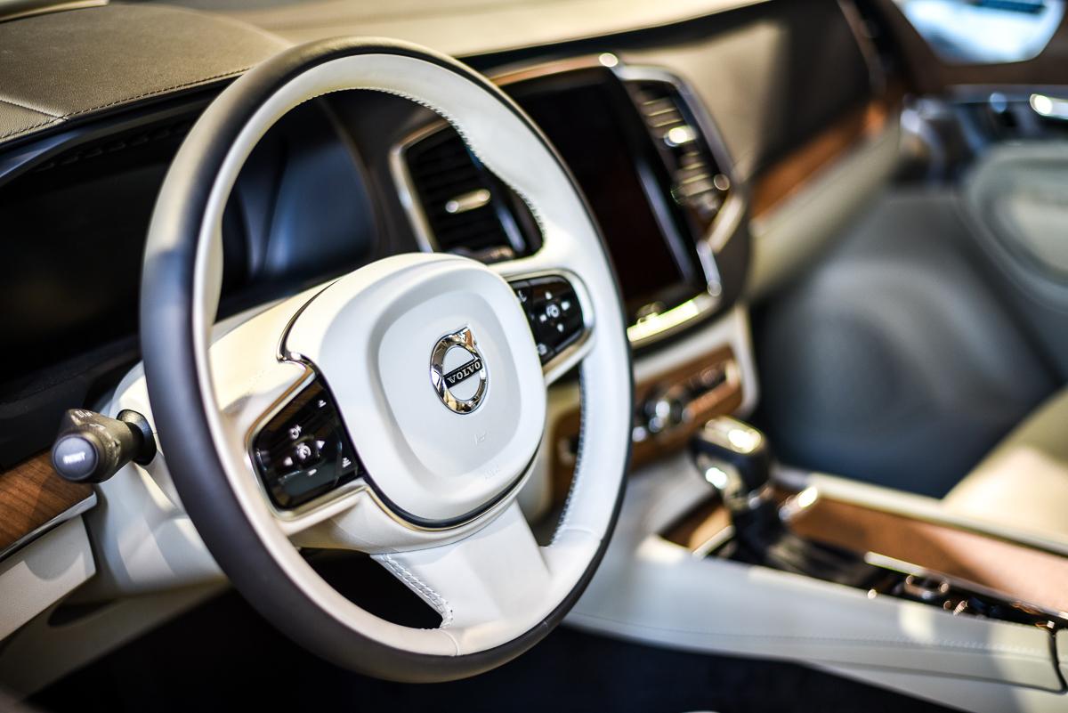 Volvo wie jak się robi PR na fejsie – dają auto za komentarz, który rozśmieszył internautów