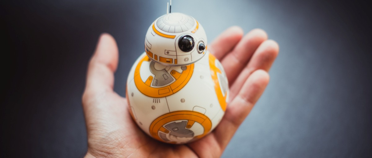 Mamy już najgorętszy gadżet ze świata Gwiezdnych wojen! Oto jak wygląda zabawa z BB-8