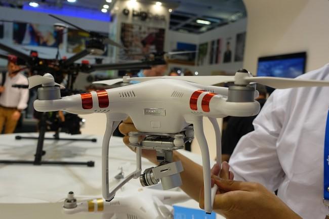 drony-ifa-2