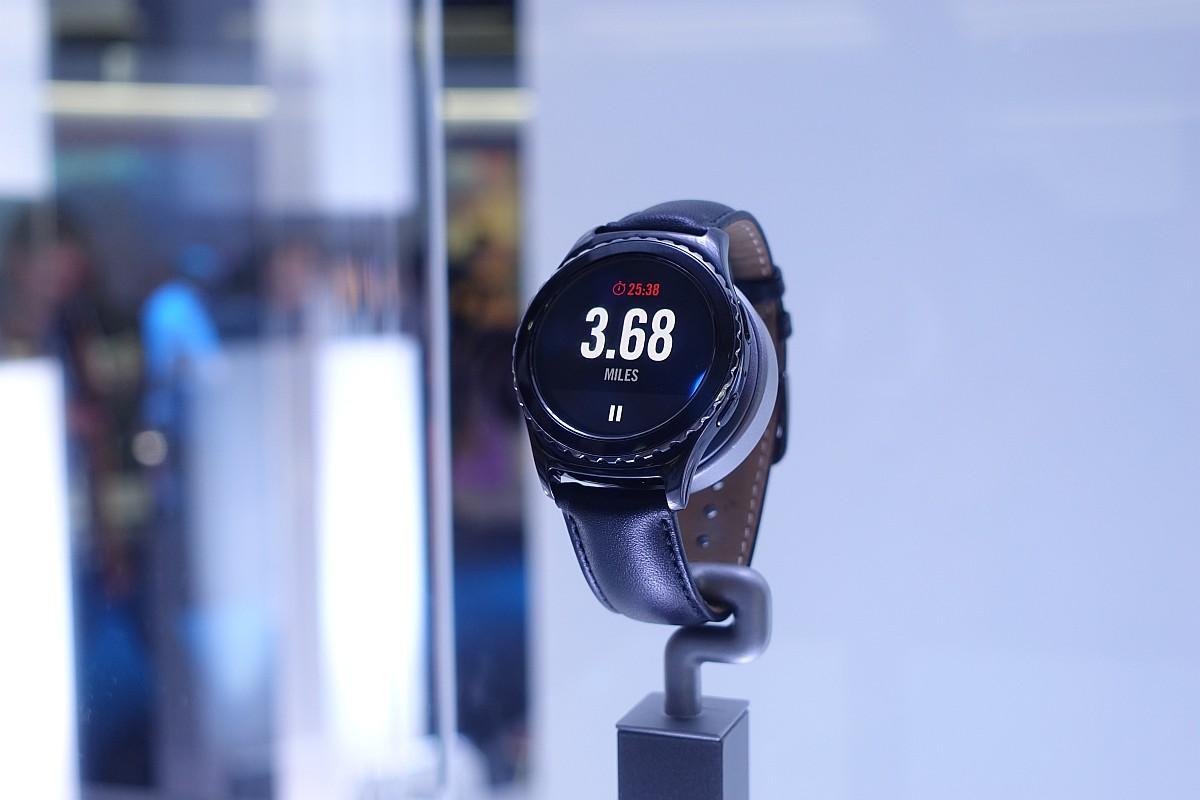 Znamy datę polskiej premiery Samsunga Gear S2
