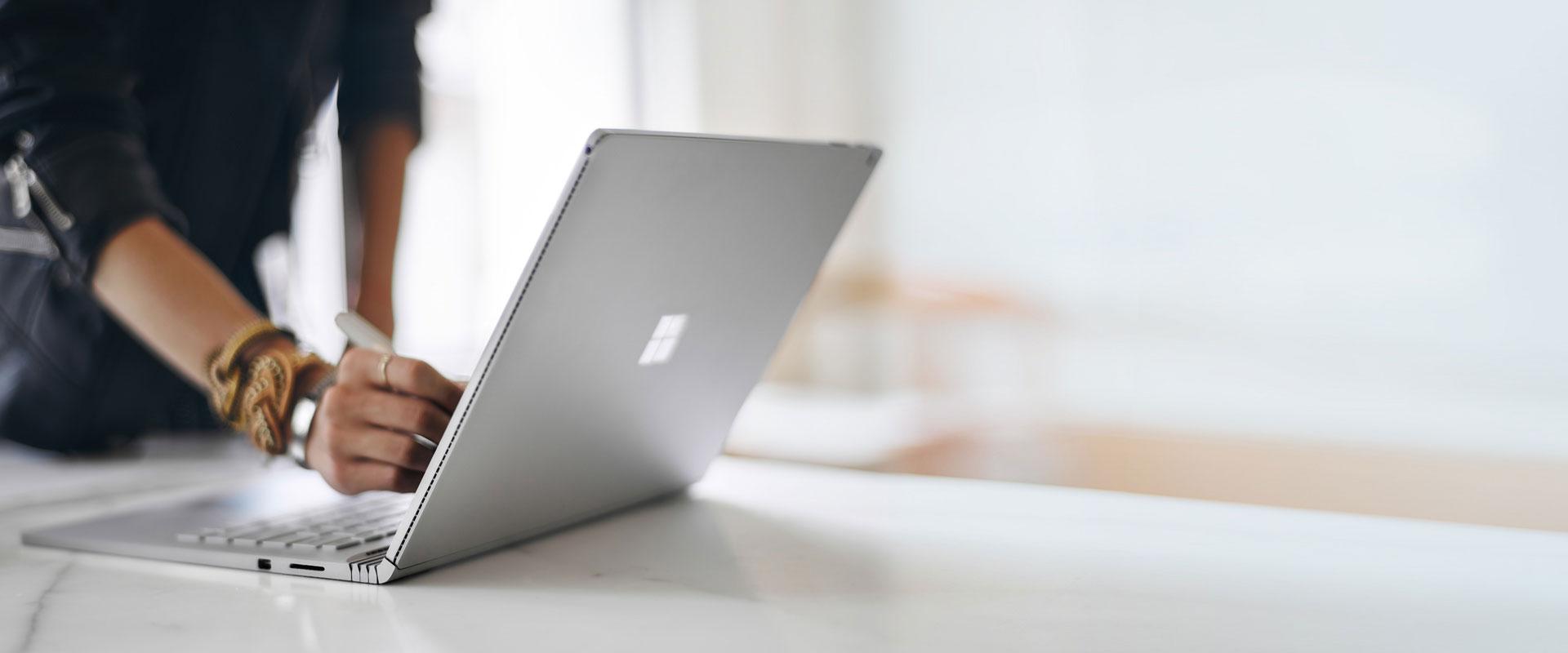 To nie specyfikacja sprawia, że nowe urządzenia Microsoftu są tak fascynujące