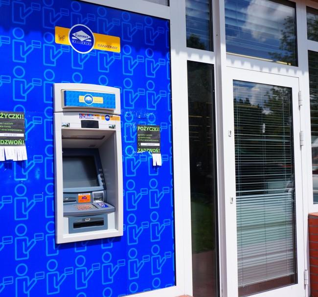 mBank prowizje za wypłaty z bankomatów