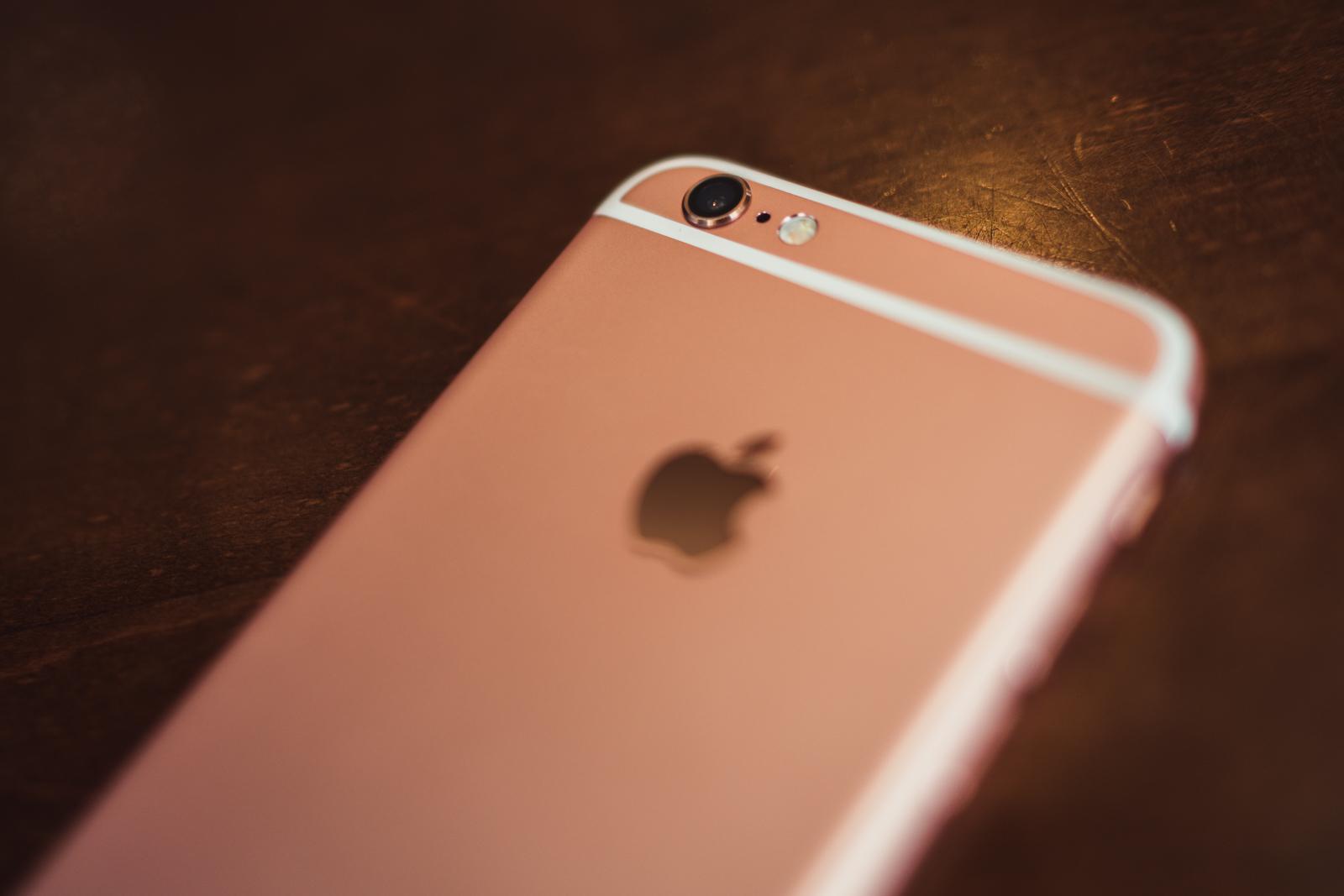 To prawda, iPhone 6s w teście wideo wygrał z lustrzanką Nikon D750. Czy kogoś to dziwi?