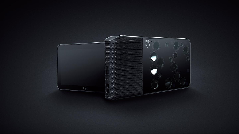 52 megapiksele i 16 obiektywów w aparacie wielkości smartfona! Oto Light L16