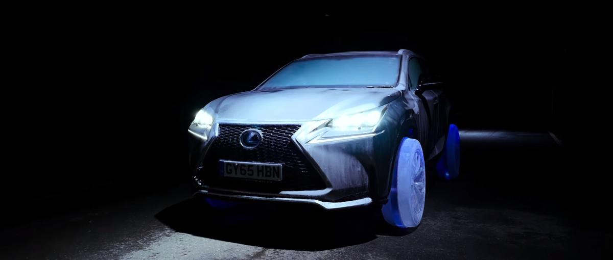 Wideo dnia: Zobacz Lexusa jeżdżącego na oponach wyrzeźbionych z lodu