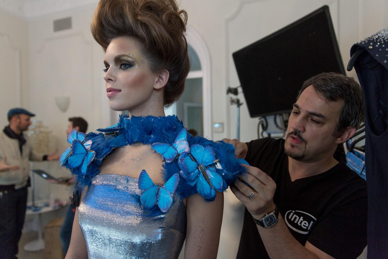 Wideo dnia: gdy technologia spotyka się z modą, powstają zjawiskowe rzeczy