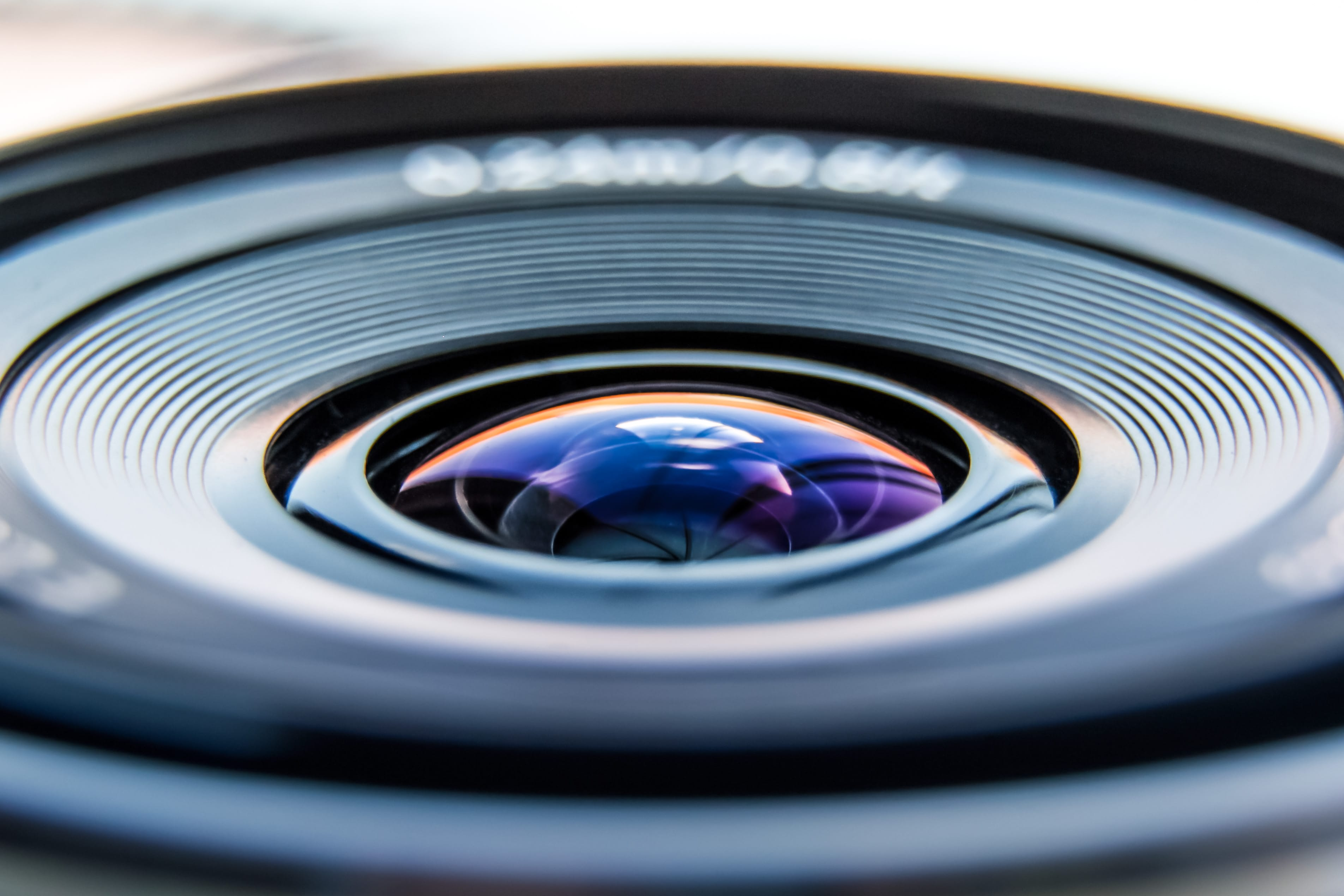 Halo, twórcy serwisów fotograficznych! Internet to nie prasa!