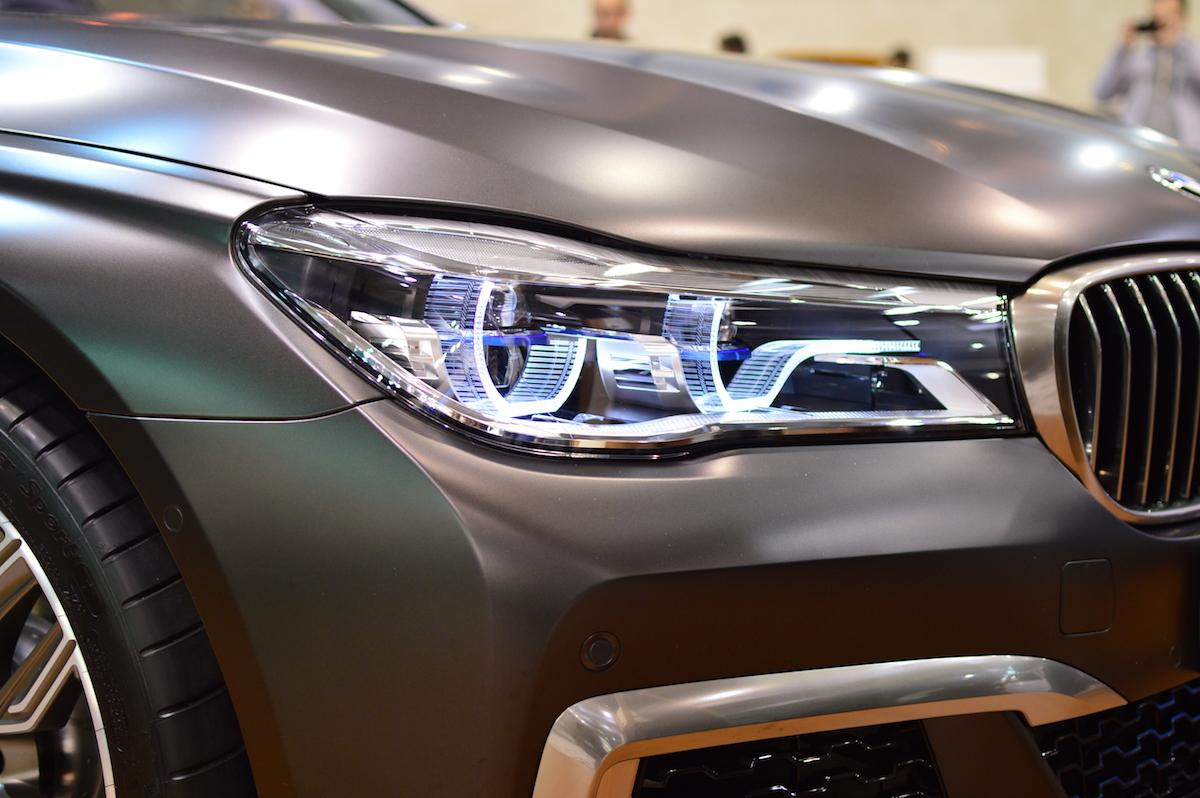BMW M760Li – wizyta w świecie, do którego nie należę