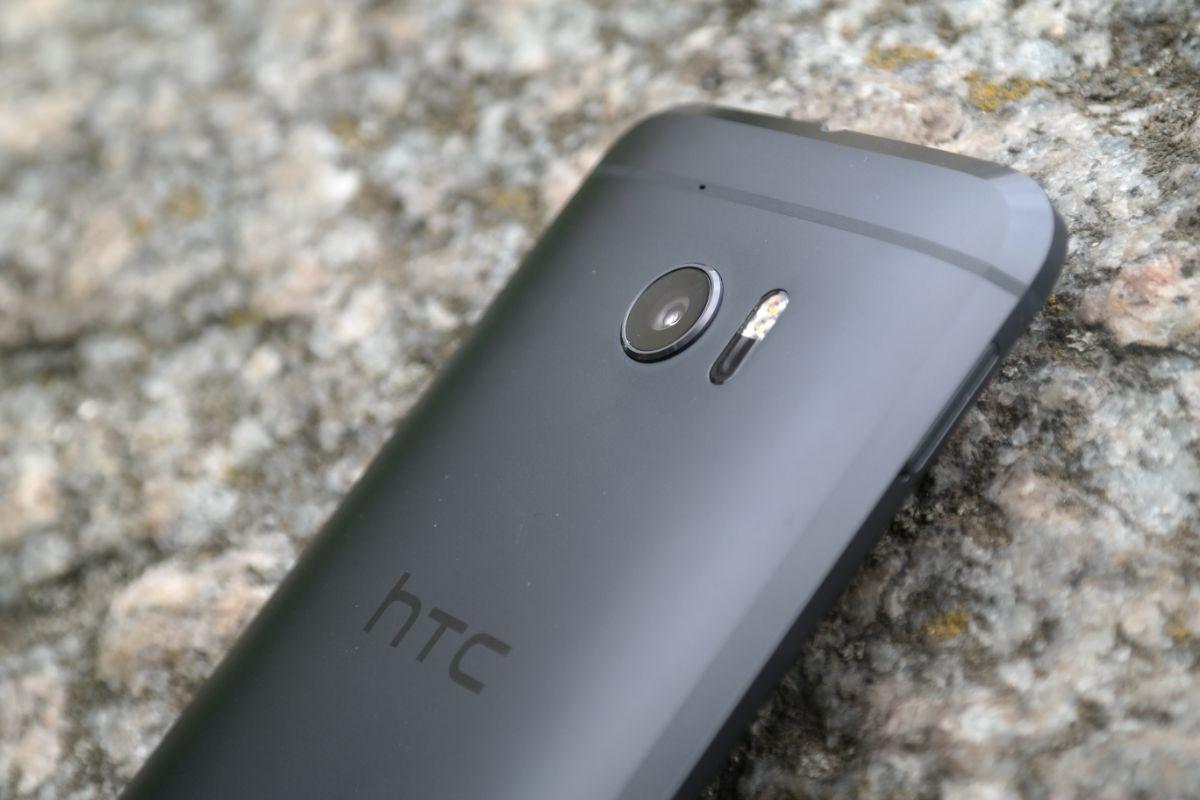 Pół roku z HTC 10 – wersją beta Pixela. Nadal telefon roku?