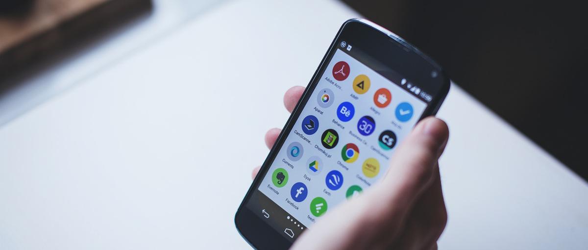 Komisja Europejska właśnie uznała, że Android jest nowym Internet Explorerem i trzeba z nim walczyć