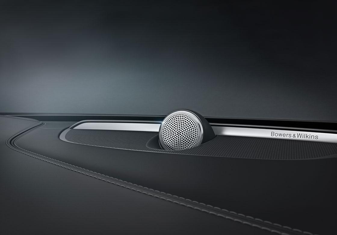 02_1_Volvo_XC90
