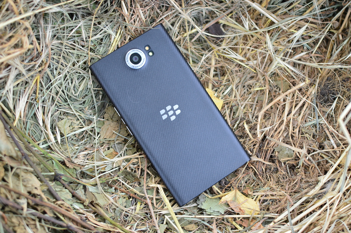 blackberry-priv-2-10