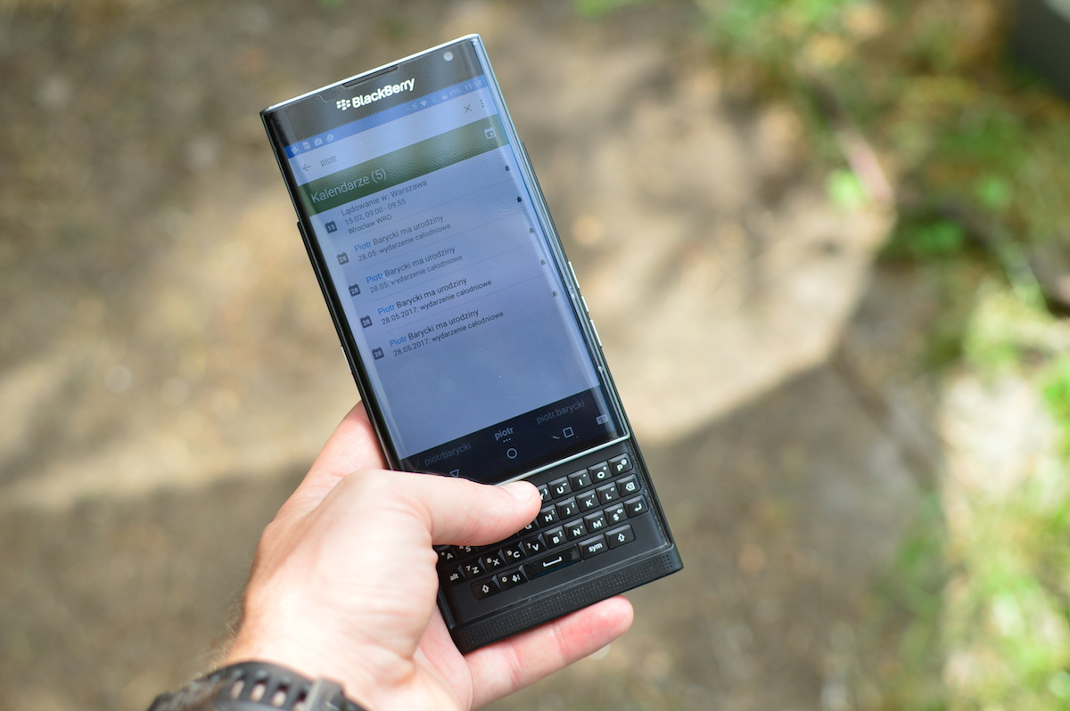 blackberry-priv-2-4