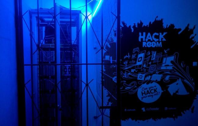 hackroom2