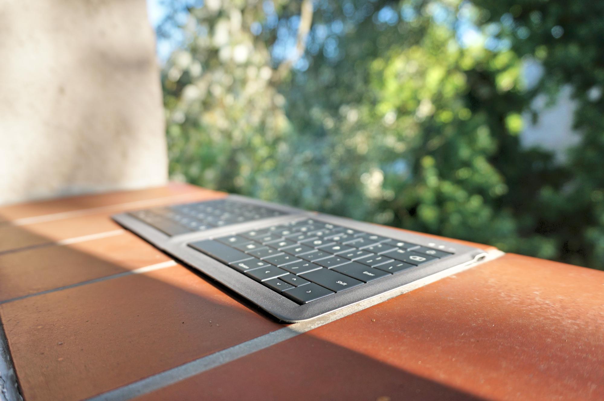 universal-foldable-keyboard-microsoft-3