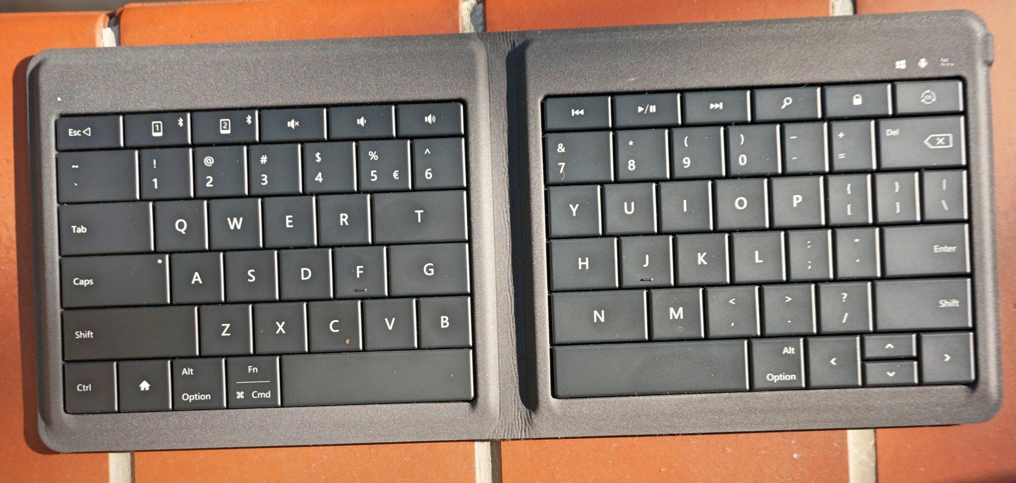 universal-foldable-keyboard-microsoft-4