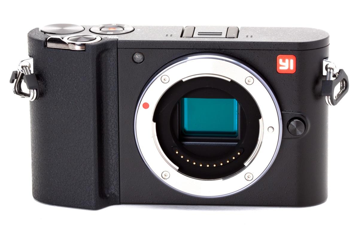 Y1 M1 to nowa propozycja dla fanów fotografii cyfrowej.