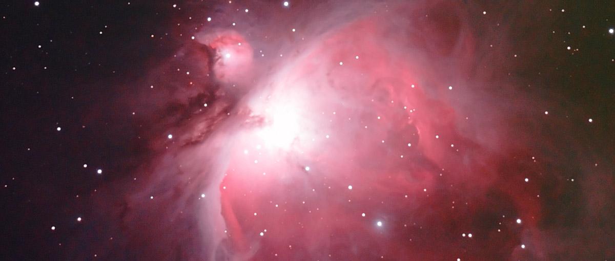 Spójrz w niebo i znajdź Oriona. Ten gwiazdozbiór potrafi zaskoczyć