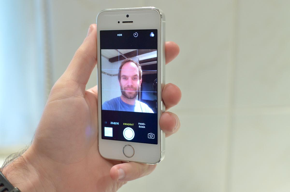 braun-series-9-iphone-1