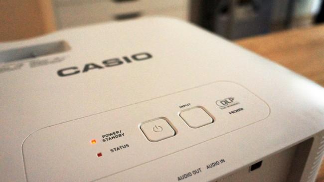 casio-projektor-power