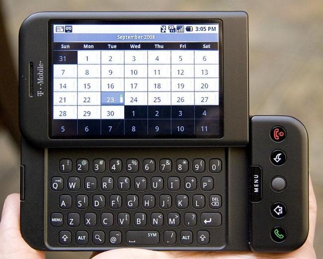 Pierwszy smartfon z Androidem. Autor zdjęcie: Michael Oryl