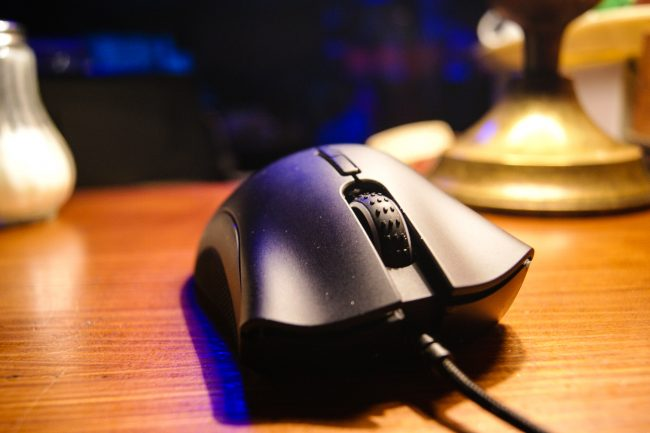 razer-deathadder-elite-8