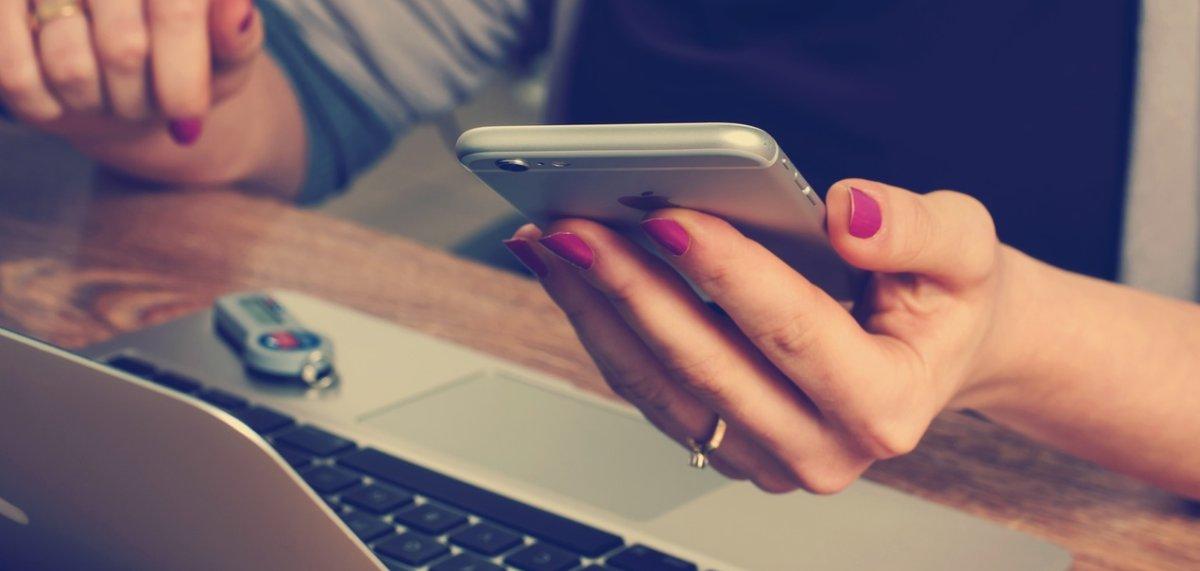 Powiadomienia w telefonie to pierwszy krok do niewoli