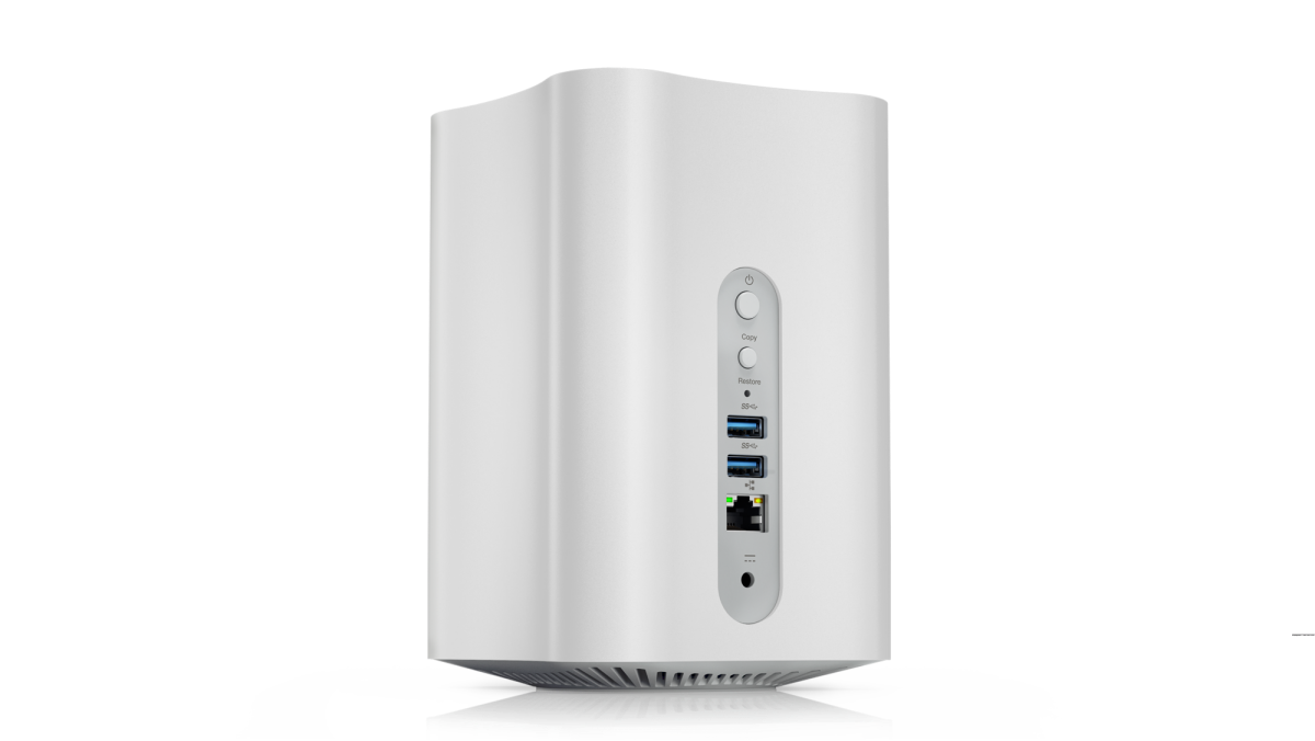 lenovo-smart-storage-showing-ports